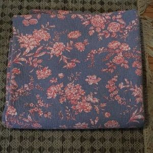 Blue Queen comforter with Pink and White Flowers